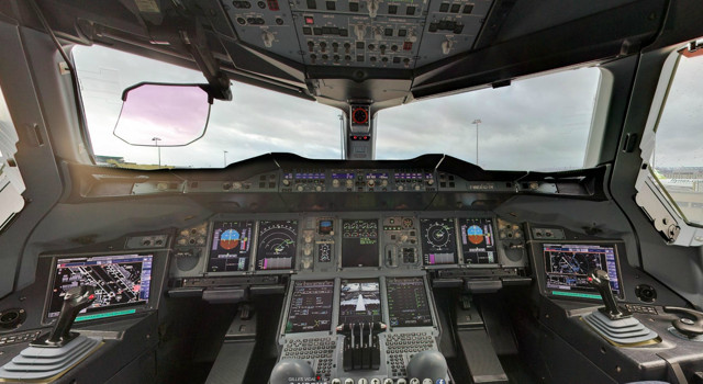 360 degree view Flight Control Center Airbus 380